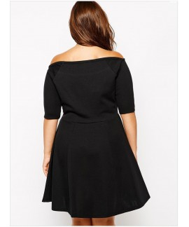 Plus Size Short Boat Neck Fleshy Black Dress