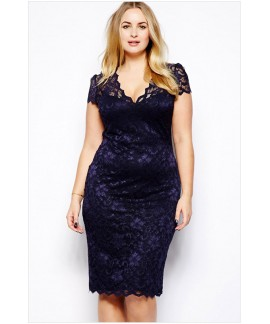 Scalloped V-neck Lace Plus Size Midi Dress