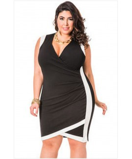 Solid Envelope Hem Faux Wrap Plus Size Dress