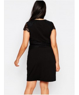 Black Lace Cap Sleeveless Plus Size Pencil Dress